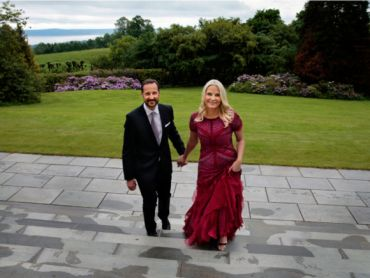 This summer, Their Royal Highnesses Crown Prince Haakon and Crown Princess Mette-Marit both celebrate their 40th birthdays. A series of portraits has been taken to commemorate the occasion