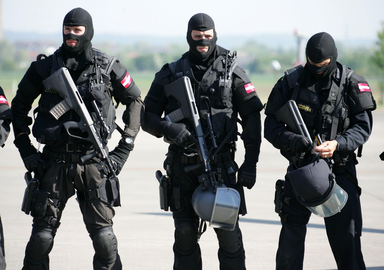 Elite Special Forces From Around The World Fuerzas Armadas De
