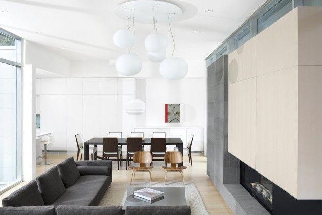 #Wow esferas-bolas blancas gigantes sobre el salón / Ocean Park House by Campos Leckie Studio