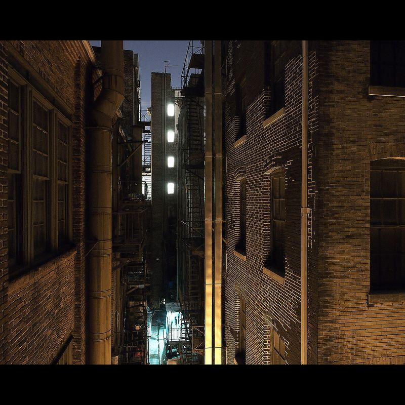 Gotham Alleyway In 2020 Alleyway Gotham Batman Comic Books