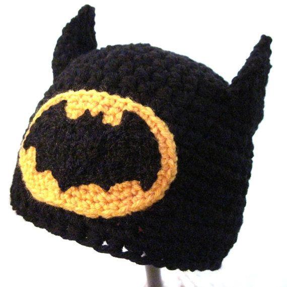 Items similar to Batman Crochet hat on Etsy | gorros | Pinterest ...