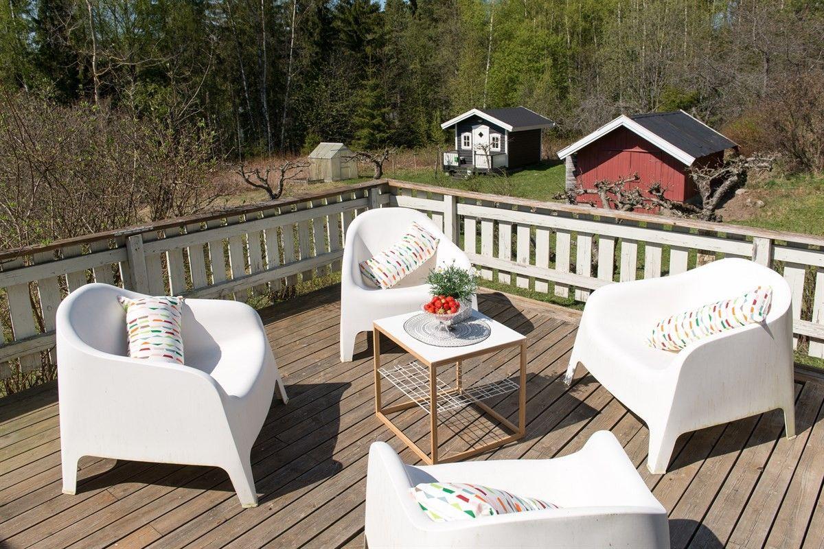 Photo of FINN – HELGØYA: Landlig og idyllisk sluttom med nærhet til Mjøsa. Usjenert b …