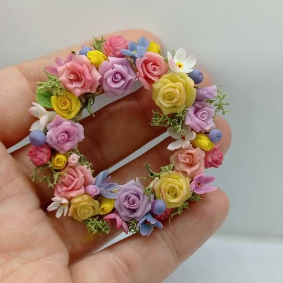 Wreath of flowers for dollhouse. Miniature wreath for roombox