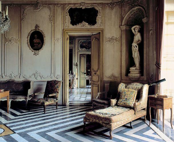 Chateau De Barbantane In Provence Chateaux Interiors Home Design