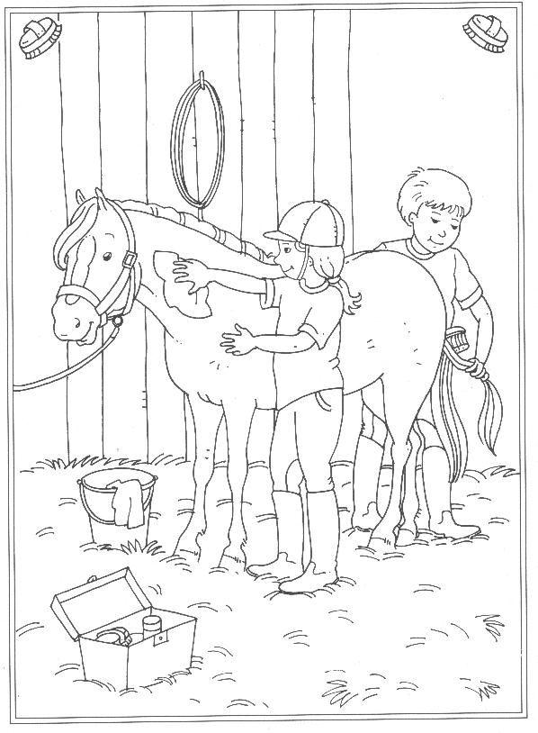 Paard Borstelen Kleurplaat 24 Kleurplaten Van Op De Manege Op Kids N Fun Nl Op Kids