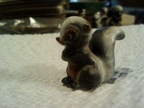 Vintage-Josef-Originals-skunk-baby-polecat-ceramic-animal-figurine-miniature