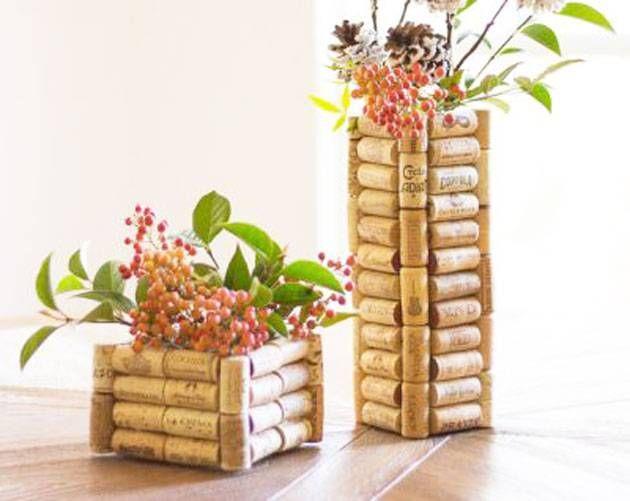 A cortiça é um material muito usado em produtos decorativos. Inspire-se em 12 ideias em que ela foi o material utilizado