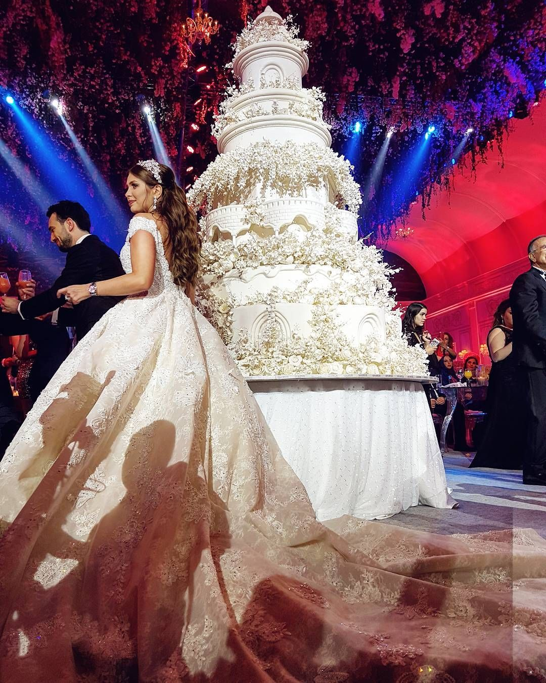 The Most Amazing Wedding Cakes Of 2013: More Of Yesterday's Wedding This Wedding Cake Is