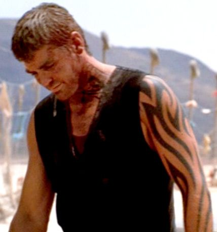 Brad Pitt Tattoo Oceans Eleven Google Zoeken Tattoos Amanecer