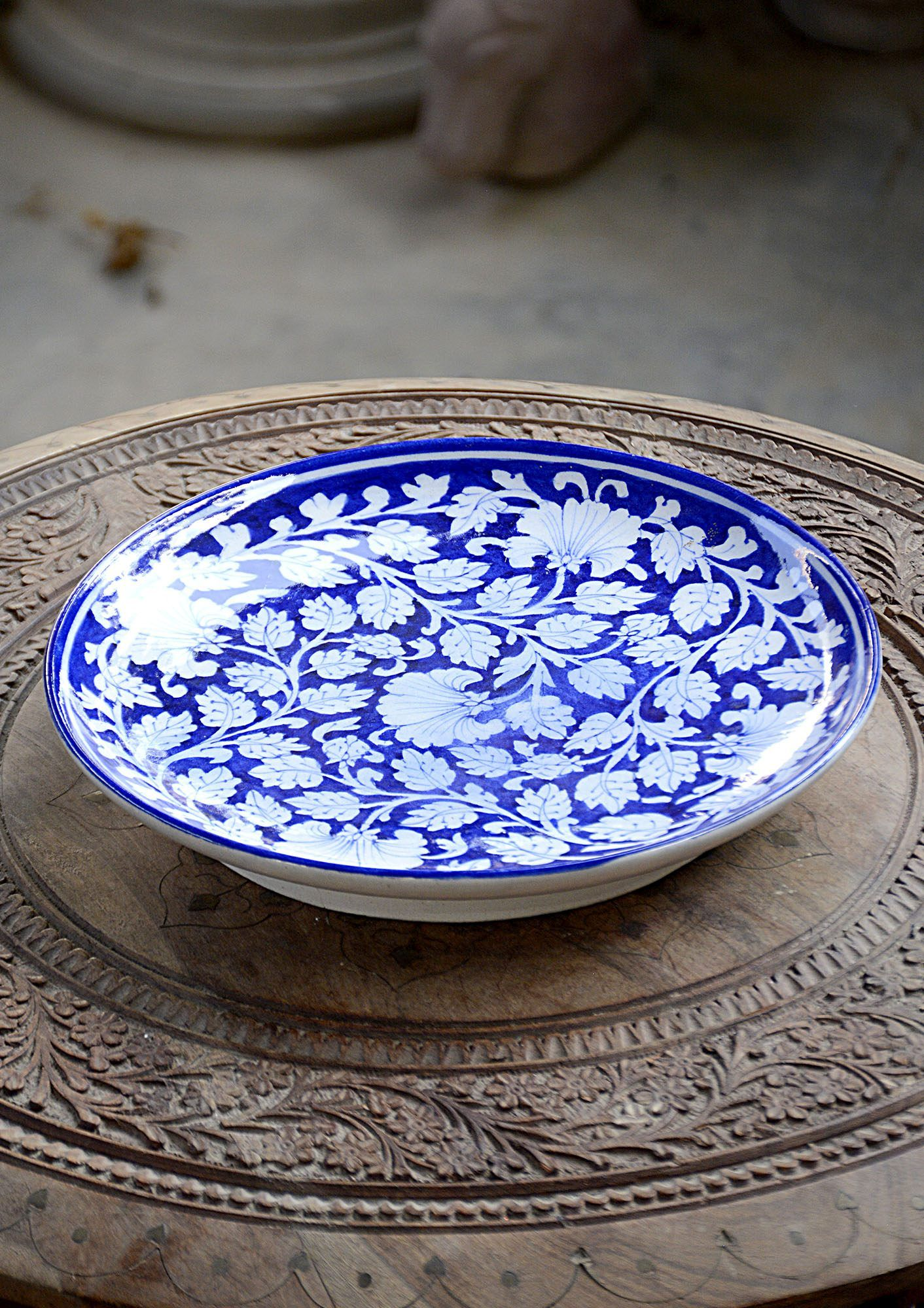 Hand Crafted Plates Dinning And Bath Bd This Handcrafted Oval Shape Decorative Plate Is Made From Ceramic This Plates Are Plates Kitchen Dinning Kitchen Paint