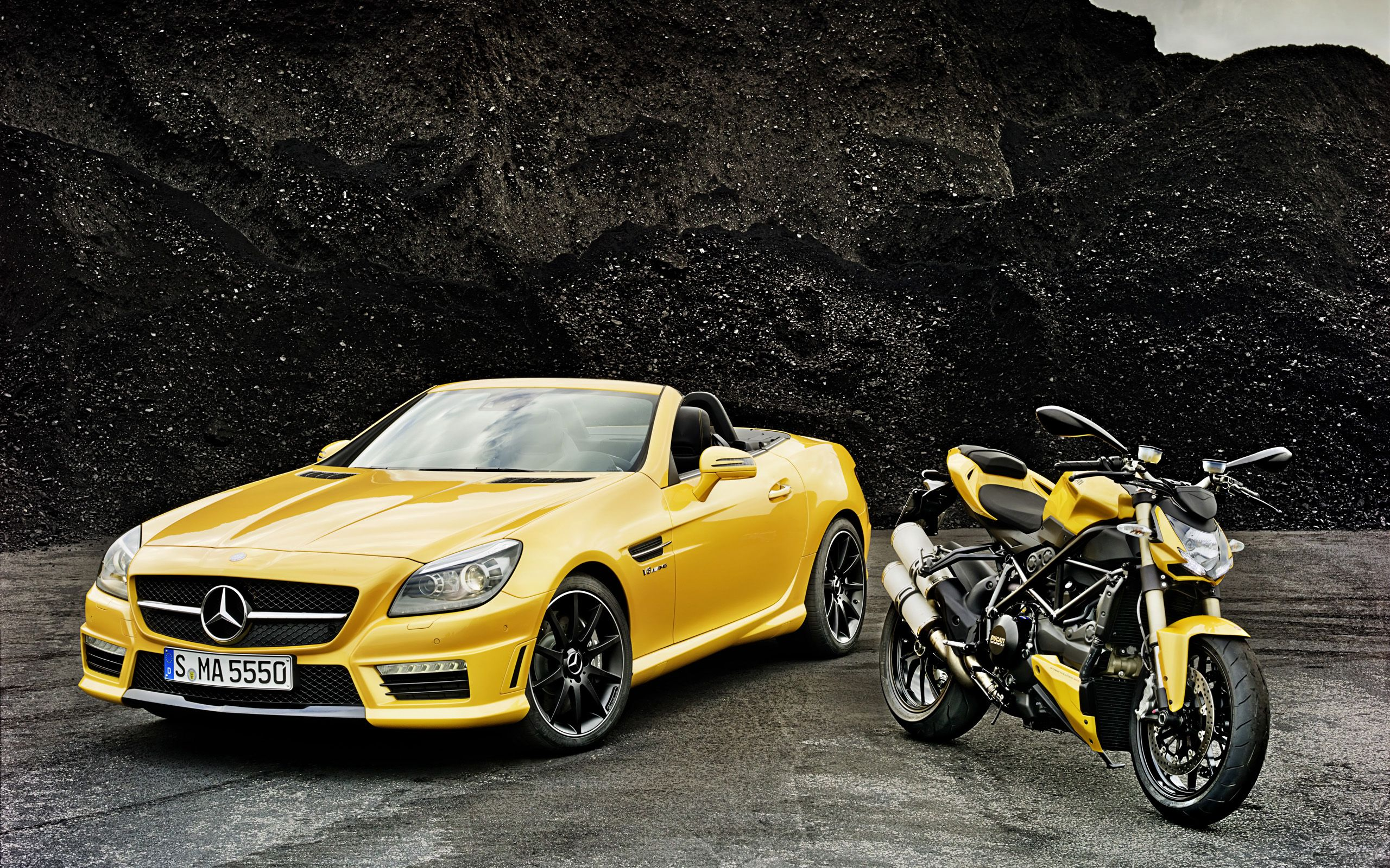 2012 Mercedes Benz Slk 55 Amg And Ducati Streetfighter 848