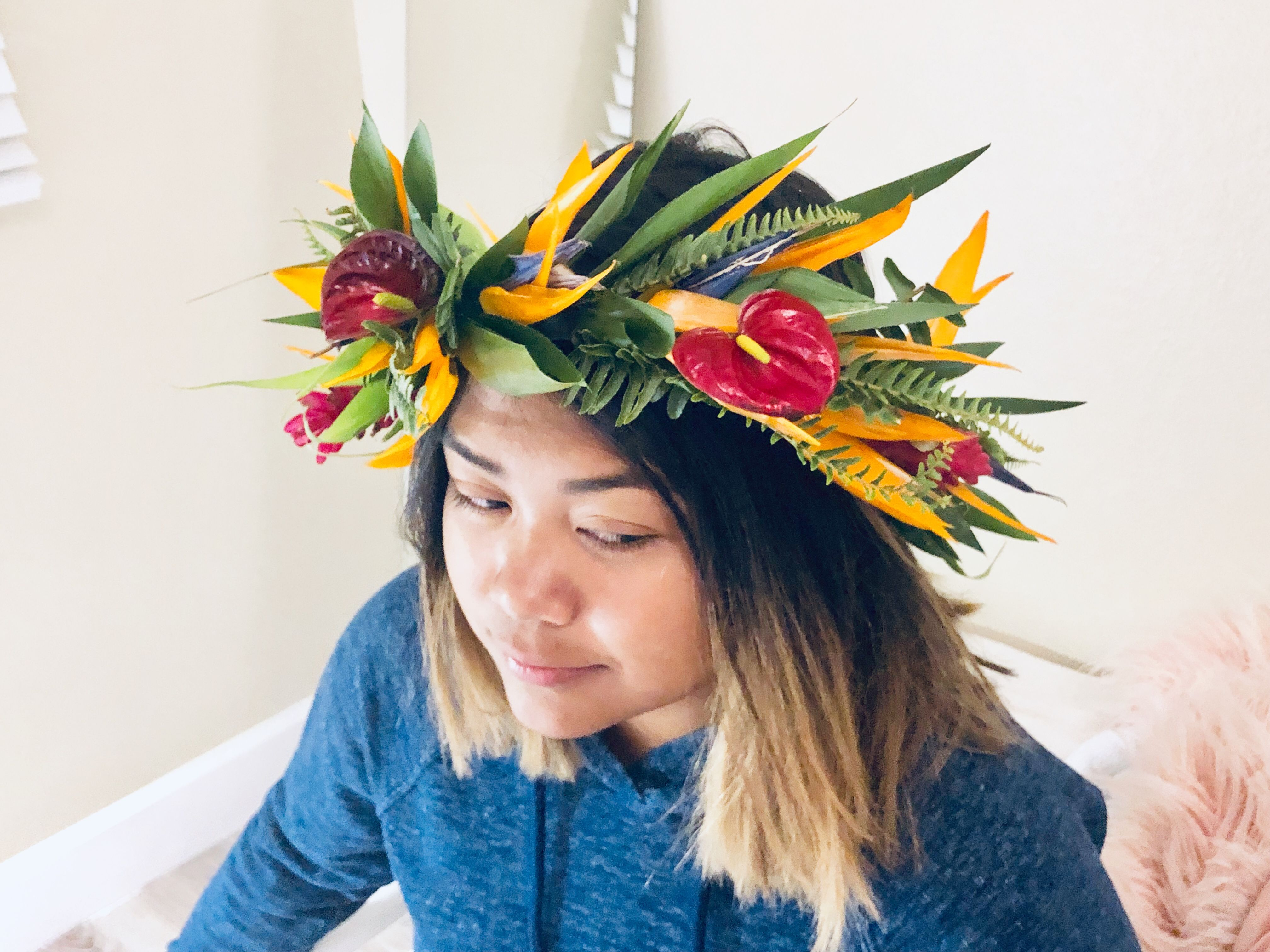 Diy Tropical Haku With Bird Of Paradise Red Ginger Red Antherium Ti Leaves Tropical Fern Birds Of Paradise Future Wedding Crown Jewelry