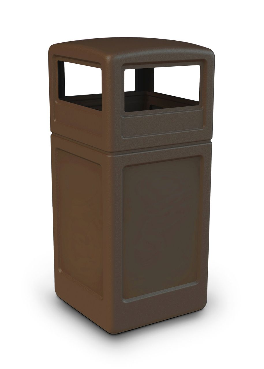Outdoor Trash Can With Wheels 42 Gallon All Season Square Plastic Outdoor Garbage Can With Dome
