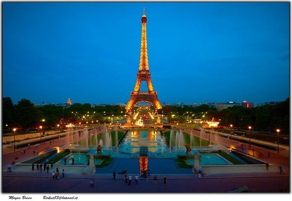 Paris by Moyan_Brenn, via Flickr * I have a crush on a city.... i heart Paris... ode to the france trip 2011... favorite-places-spaces