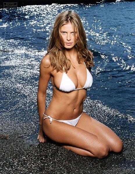 Heidi klum bikini pics pity