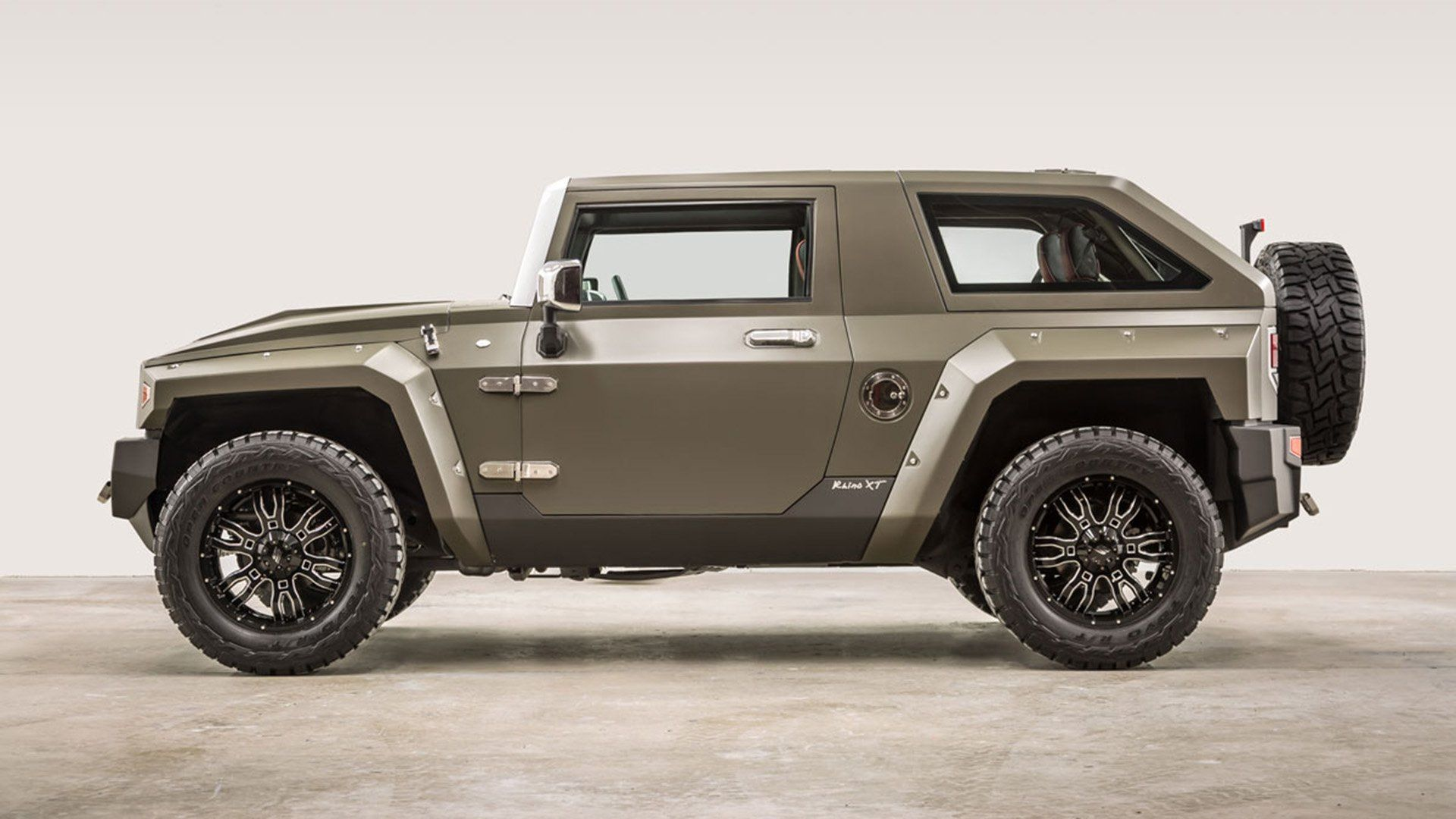 The Hellcat Rhino Xt Is A 707 Hp Wrangler On Steroids Luxury Suv