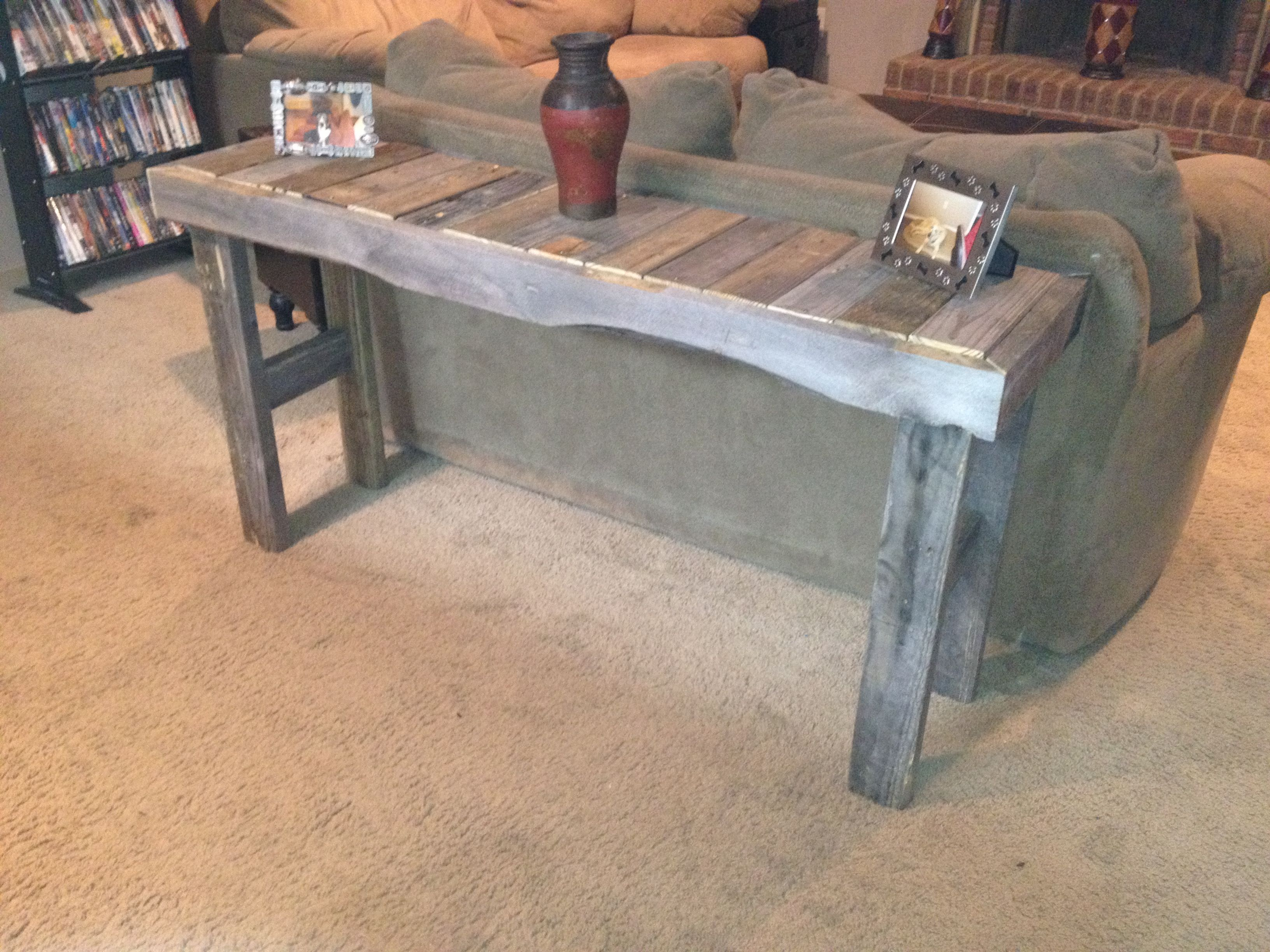 Sofa table made from pallets Things I built Pinterest