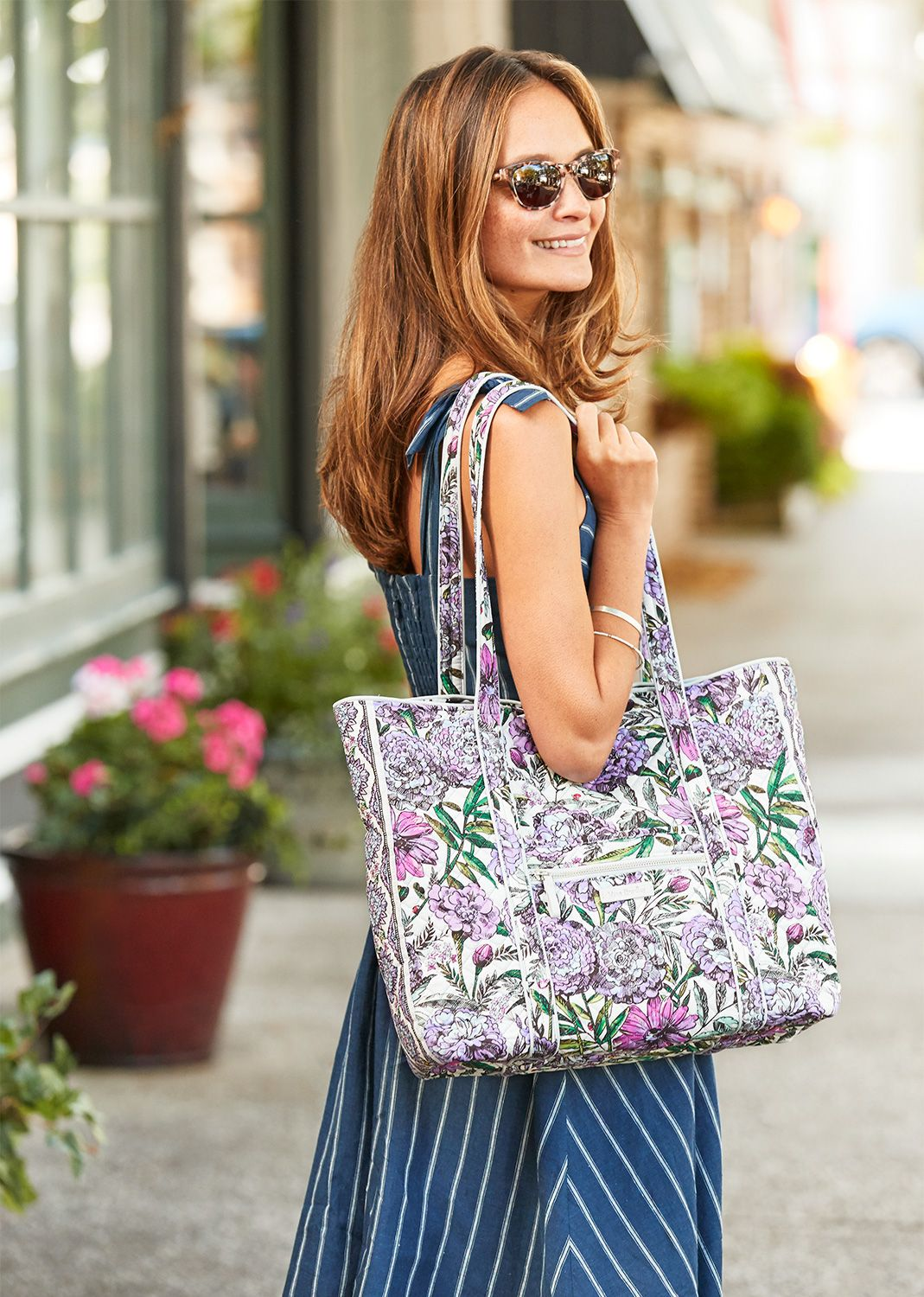 Vera Tote Bag With Images