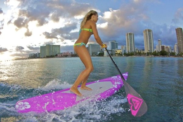 roxy girl stand up paddler sup vanina walsh in hawaii lives the surfer girl