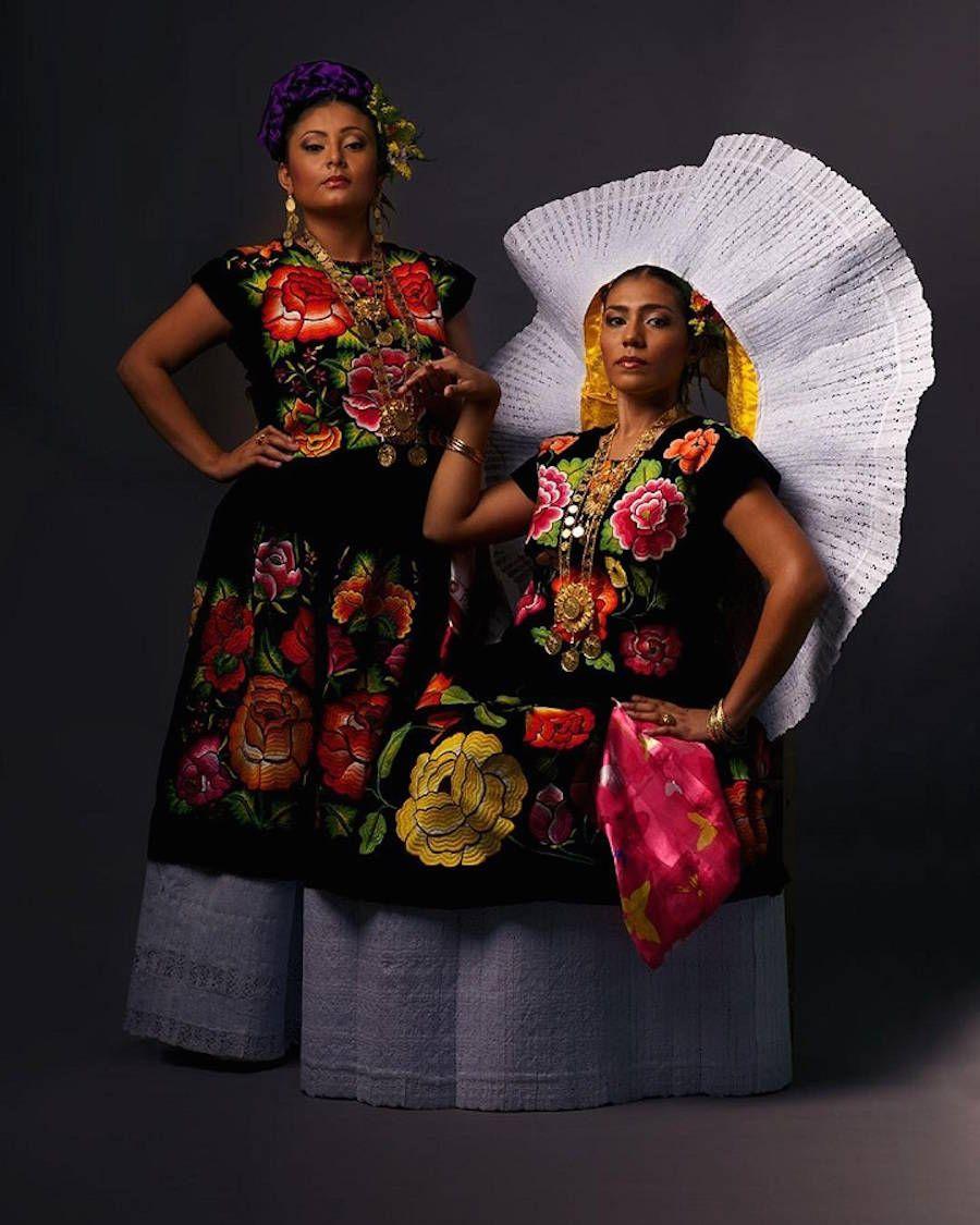 Traje de Tehuana Oaxaca Fotografía de trajes típicos  52c116d51517