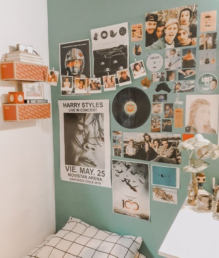 Bedroom room decor ideas aesthetic polaroid picture poster ...