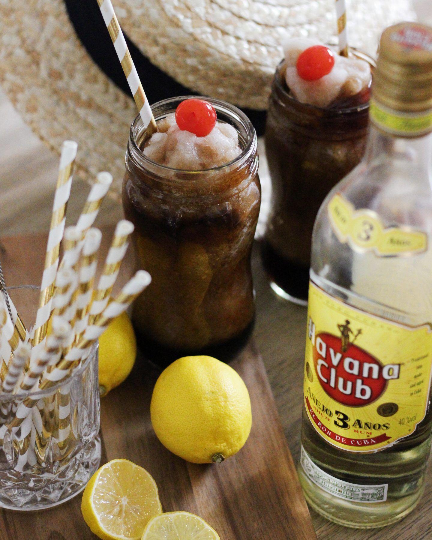 Havana Nights mit Cherry Cuba Libre Slush