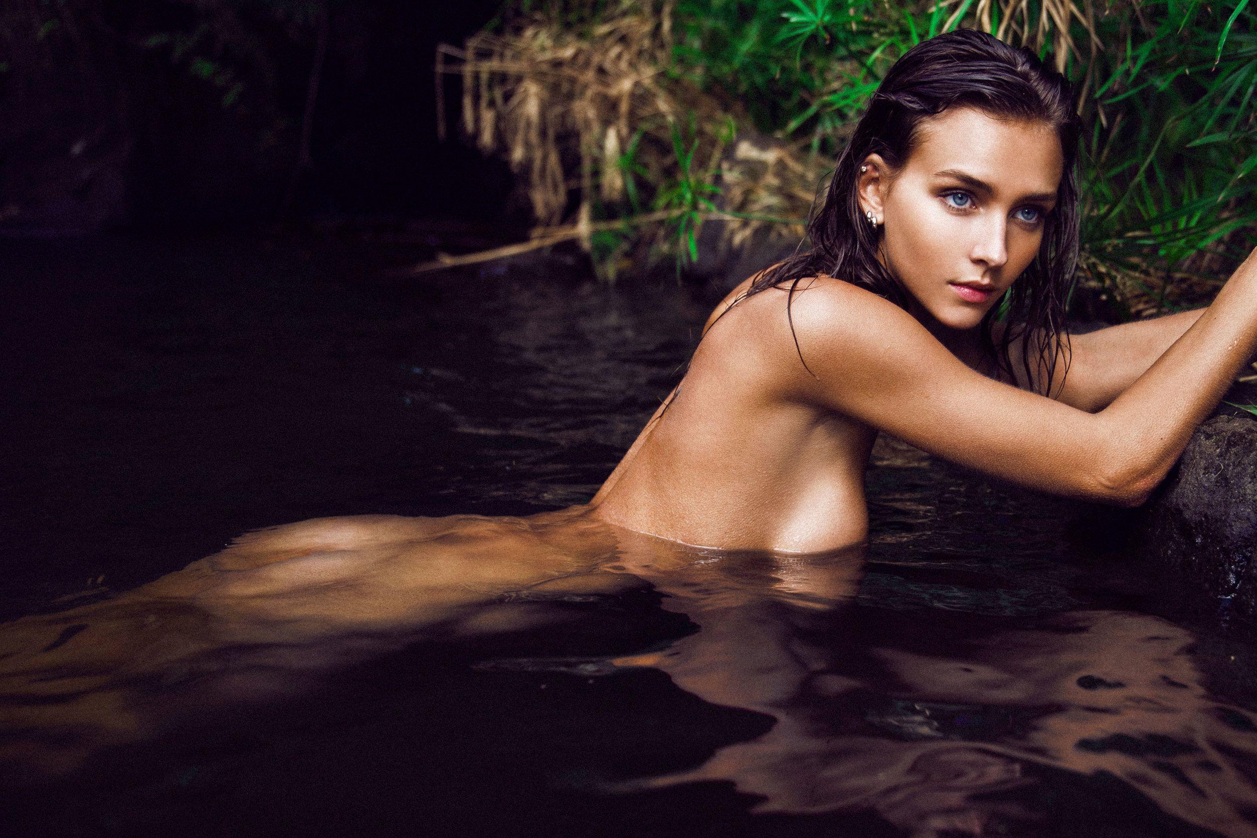 Фото оголенных модели, Голые модели - ню фото голых моделей 16 фотография