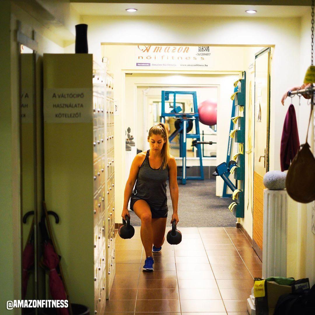 Jól telt a hosszúhétvége? 🧐☀️ Akkor ma ugye jöhet egy kis edzés? 👏🏻💪🏻🤸🏻♀️ #amazonfitness #noifitnes...