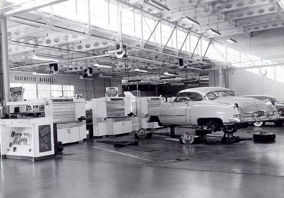 Cadillac dealer shop. | Vintage Dealers | Pinterest | Cadillac, Cars ...