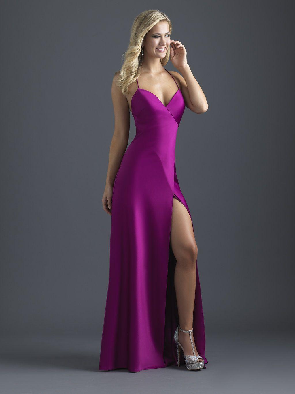 Pin de Andrea Dawn en Evening Gowns | Pinterest | Trajes de oficina ...