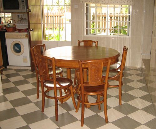 Attractive Round Wooden Dining Table Malaysia
