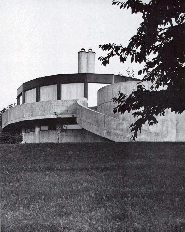 House (1968) in Möringen, Switzerland, by Fritz Bühler
