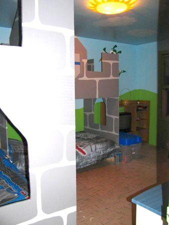 la chambre chateau fort pour les deux gar ons de mil lady chambres d 39 enfants lady room et. Black Bedroom Furniture Sets. Home Design Ideas
