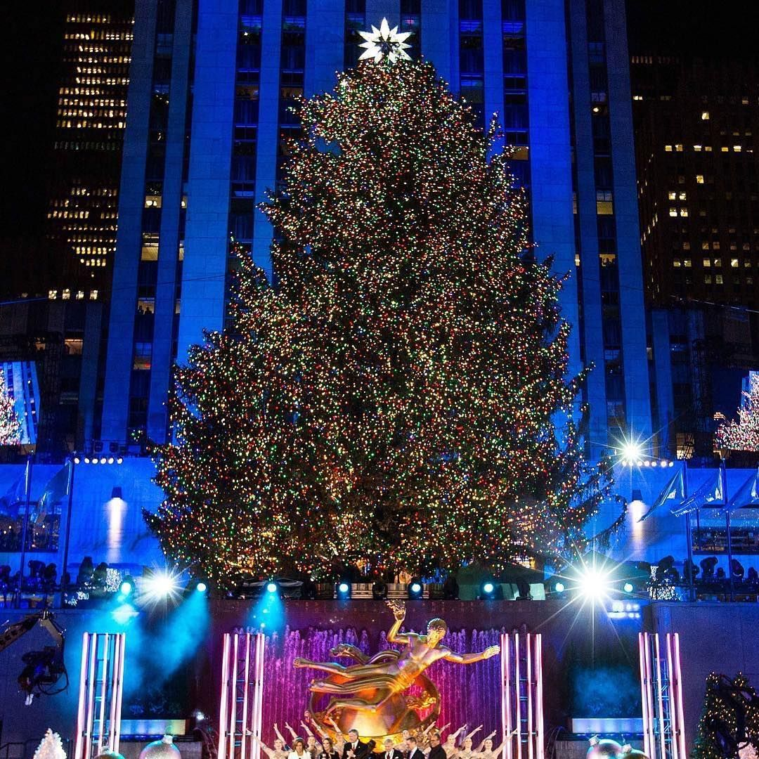 Explore Tree Lighting Rockefeller Center and more! & Wonderful show tonight at the Rockefeller Center Christmas Tree ...