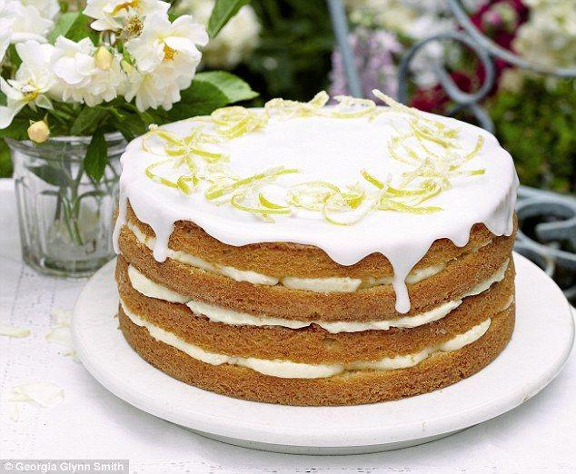 Mary Berry Cooks: Whole lemon cake with lemon cheesecake icing