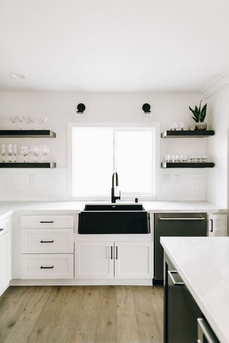 5 Farmhouse Kitchen Sink Ideas That Look Authentic