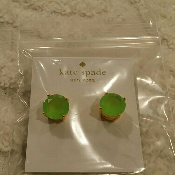 "Auth Kate Spade Flo Green Gumdrop Earrings BRAND NEW!  Kate Spade Gumdrop round stud earrings. Last picture is for size purpose only.  - 18K Gold plated - epoxy - Size: approx 0.5"" wide - Post back - color: Flo Green RETAIL IS 48.00 PLUS TAX kate spade Jewelry Earrings"