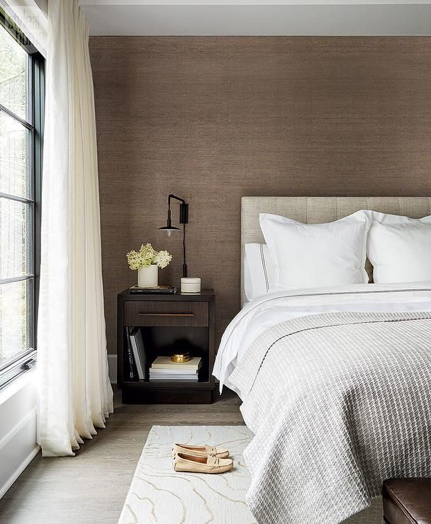 Bedroom Accent Wall Browns And Tans: Packed With Style, This Modern Gray And Brown Bedroom