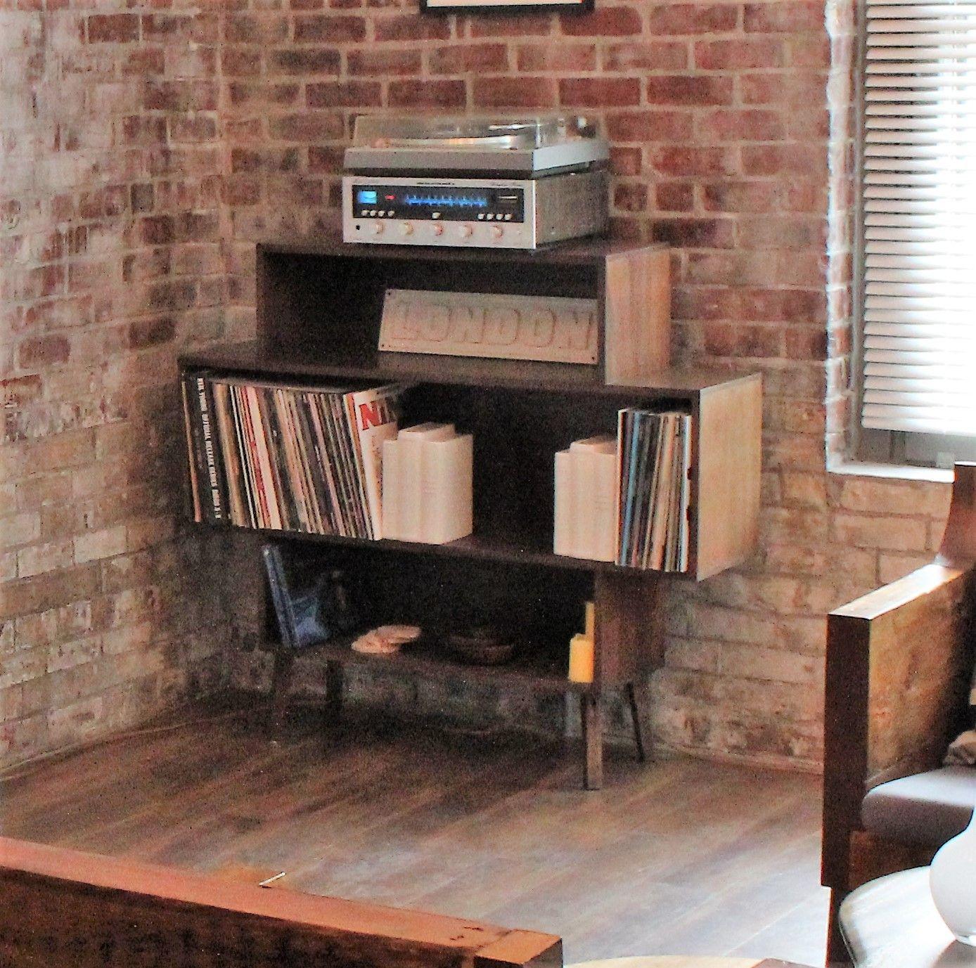 This elwoodus classic mid century modern shelf and vinyl bring us