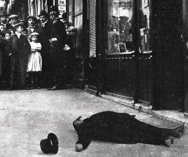Asesinato de jos canalejas de tres disparos mientras for Libreria puerta del sol