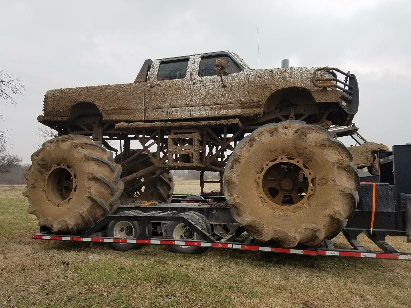 Ford F 350 Mud Monster Truck With Images Big Monster Trucks