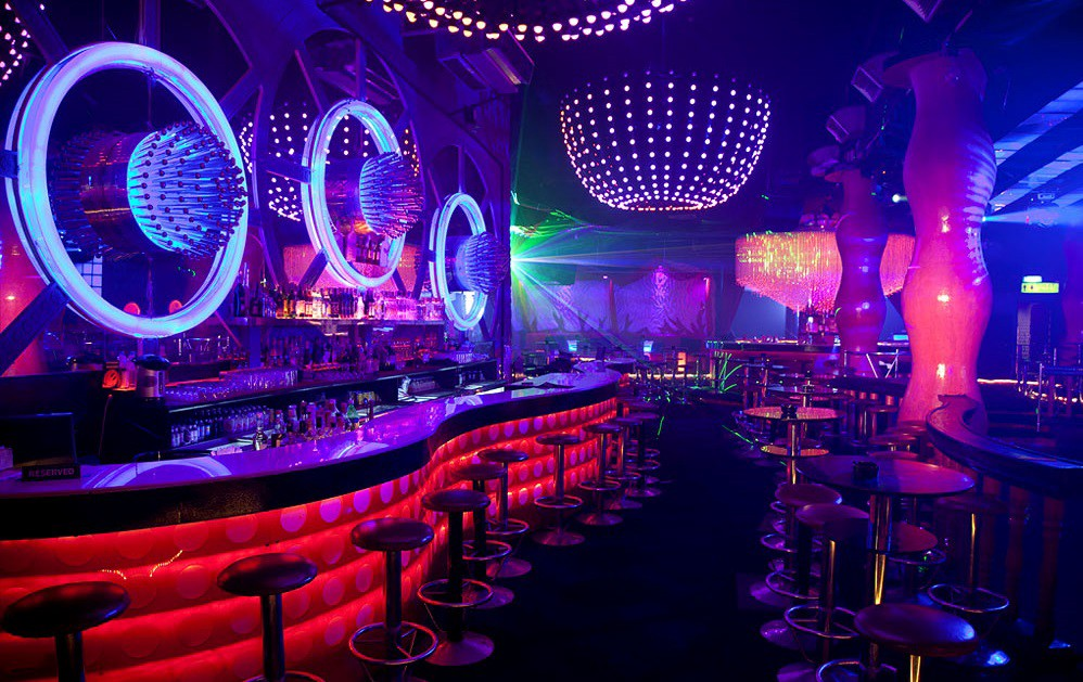 Every Entertainment Night Clubs Must Have These Led Furniture Nightclub Design Club Design Interior Night Club