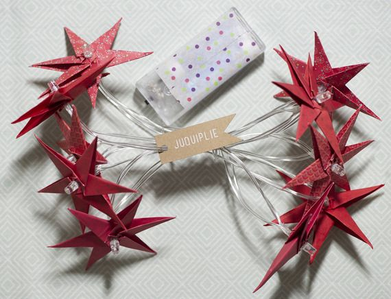 Guirlande lumineuse lampions en origami 10 étoiles rouges