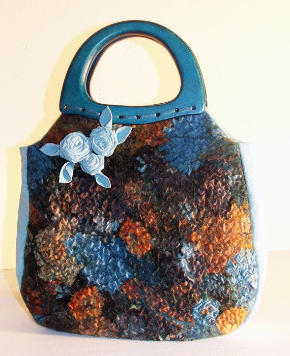 Nuno Felted Wool bag Teal Roses Purse OOAK por BeatasSoul en Etsy