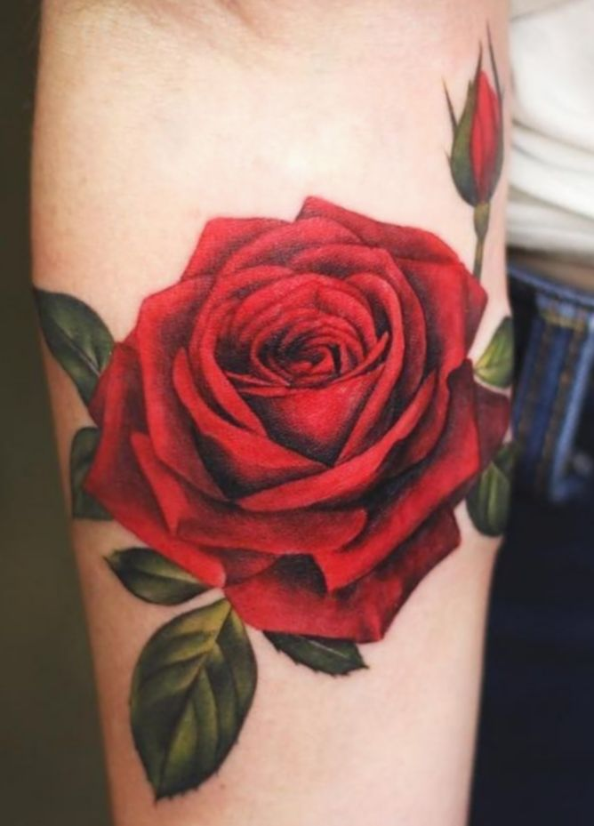 Tattoo Rose Realistic Color Blackwork Salemma Blackworkers In 2020 Realistic Rose Tattoo Rose Tattoos For Men Simple Tattoo Designs