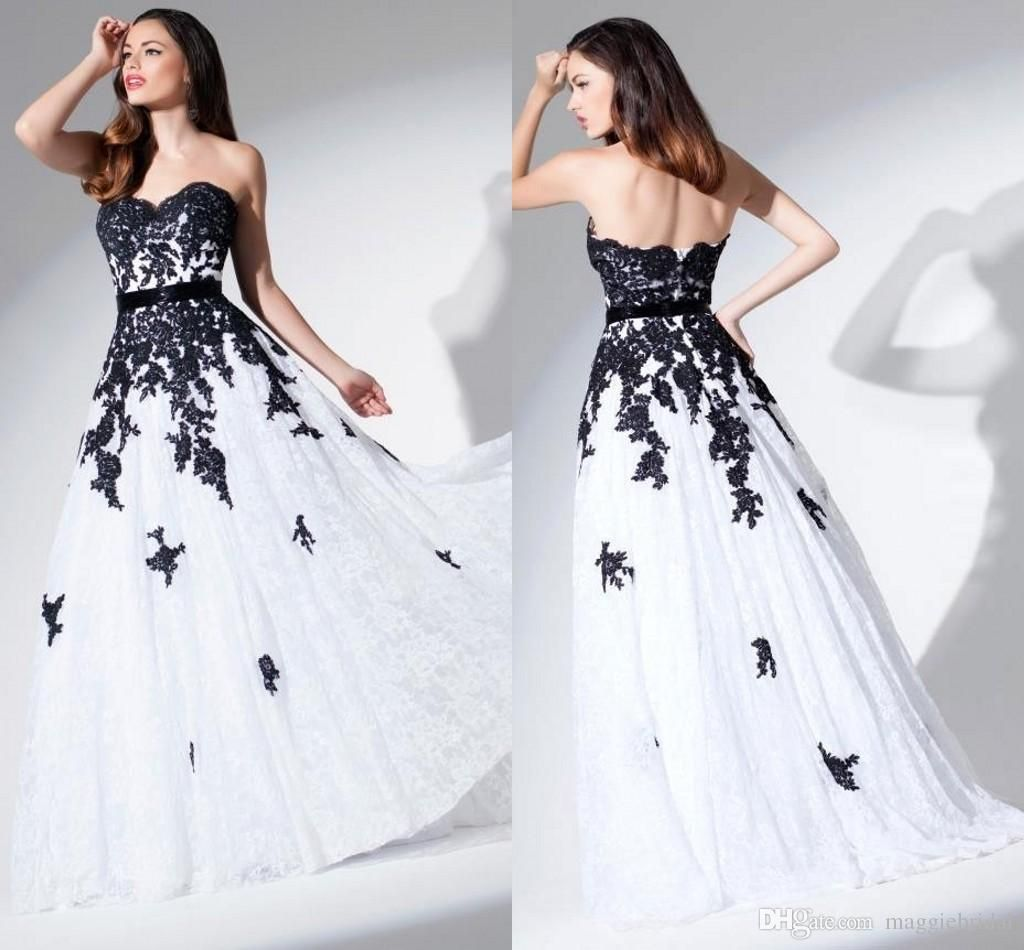 Be A Fashionable Bride With Black And White Wedding Dresses In Your