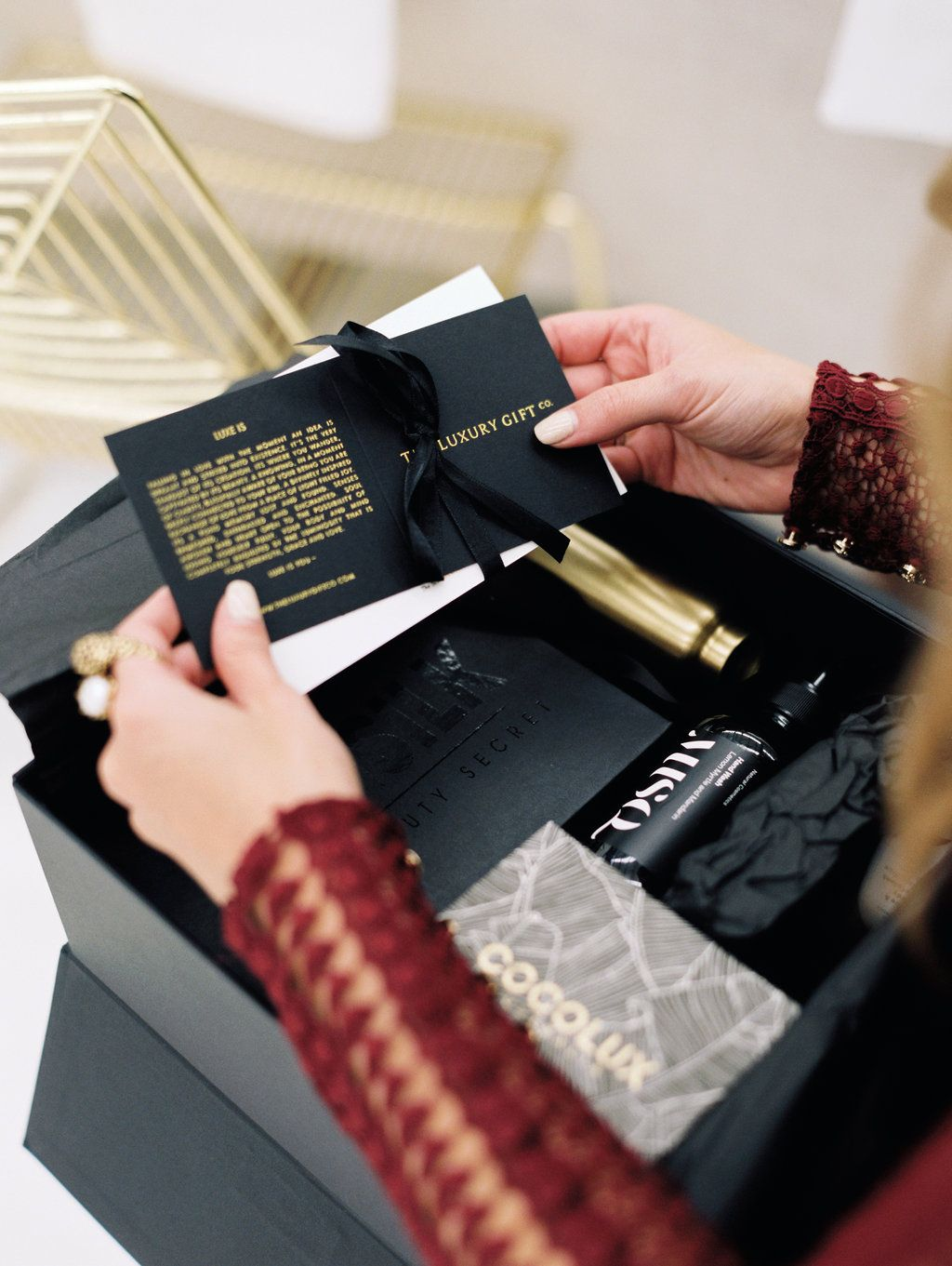 Luxury gifts by @theluxurygiftco Image by @teneilkable for the #HPPRLaunch @hayleyparkerpr