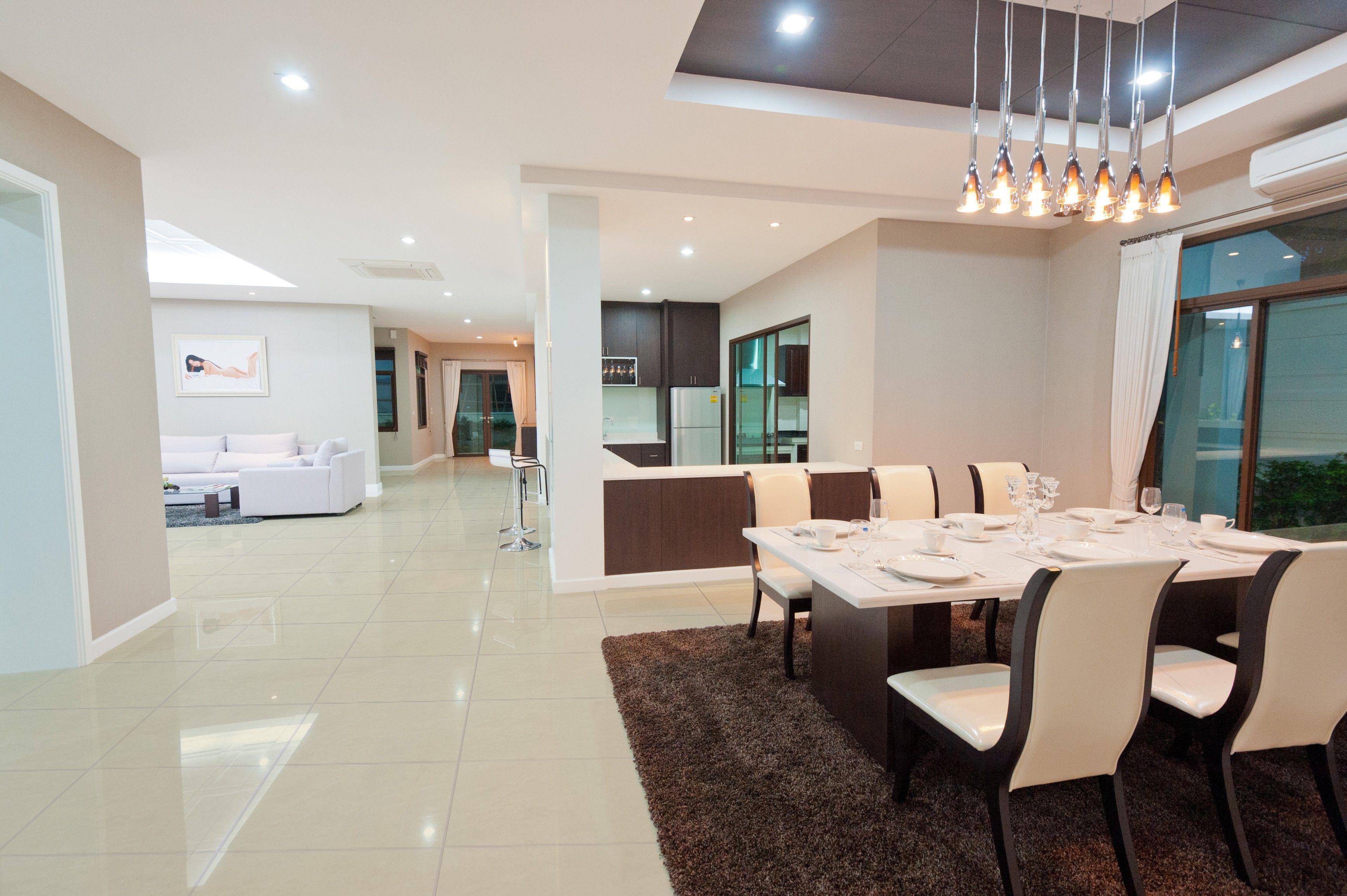 dise o de interiores casas modernas piso cer mico On pisos interiores modernos
