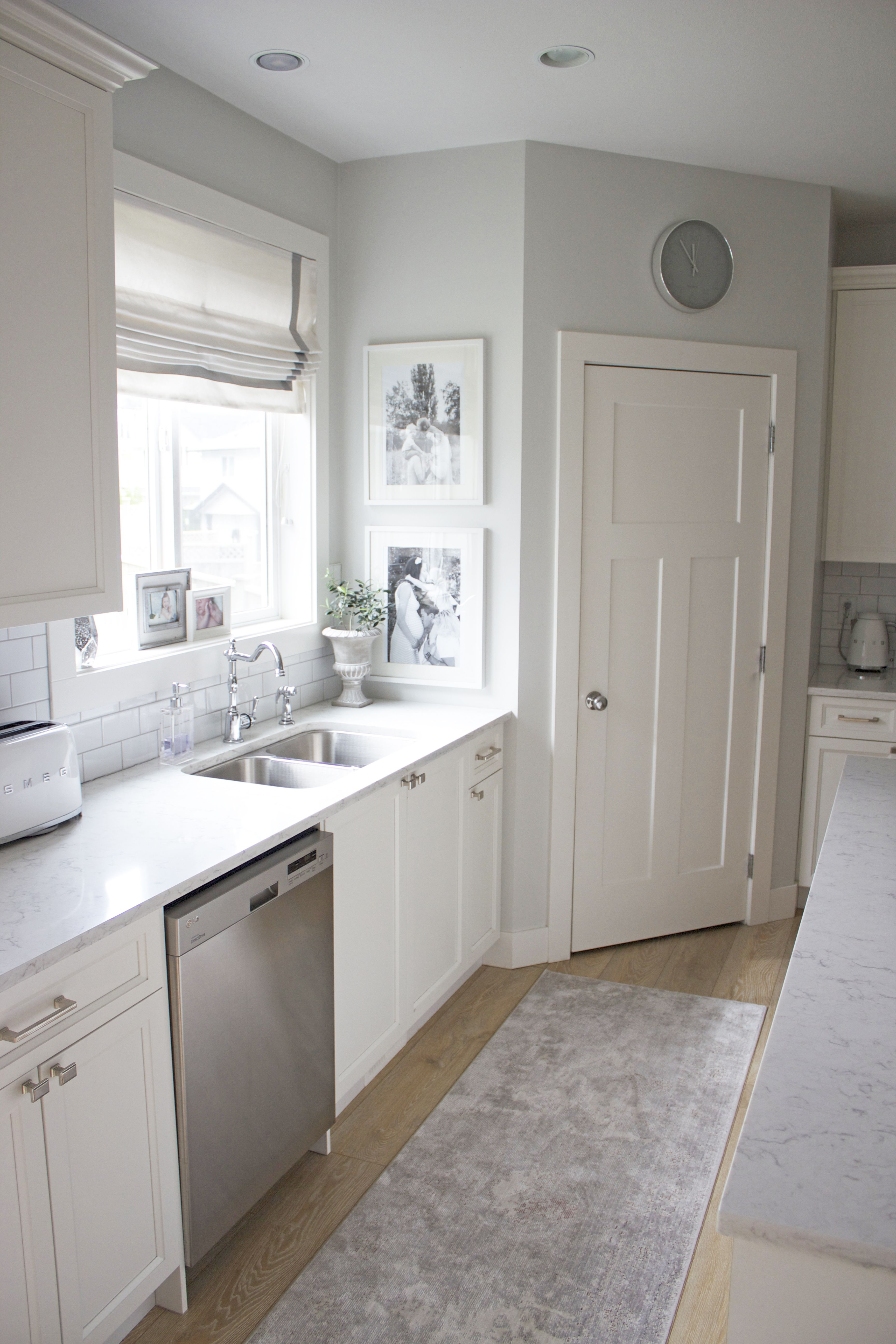 Bright White Kitchen Reveal Grey Walls Kitchen Cabinets Grey And White Grey Kitchen Walls White Cabinets Grey Kitchen Walls