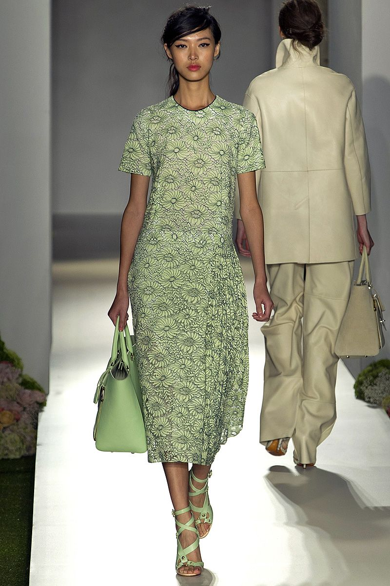 0fec206b9036 Mulberry Spring 2013 RTW - Review - Fashion Week - Runway, Fashion Shows  and Collections - Vogue - Vogue
